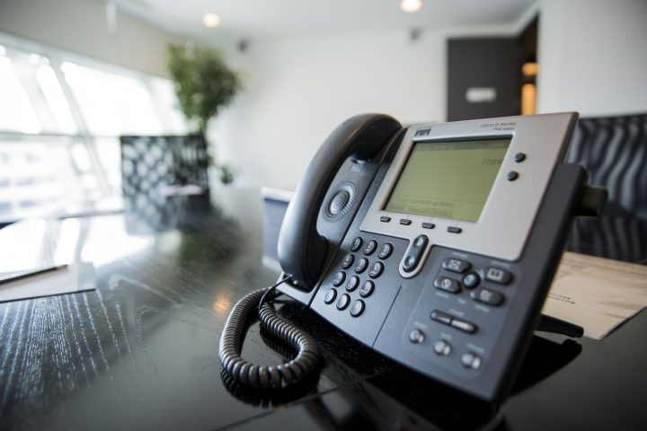 cloud based call center phone system